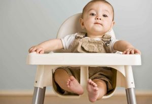 Essential Items to Help with Weaning Your Baby