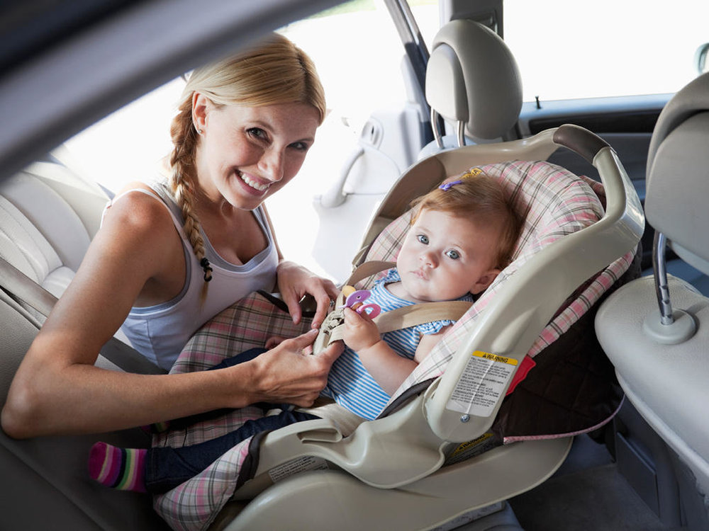 Golden Travel Tips & Must Have Things for Travel Loving Mom