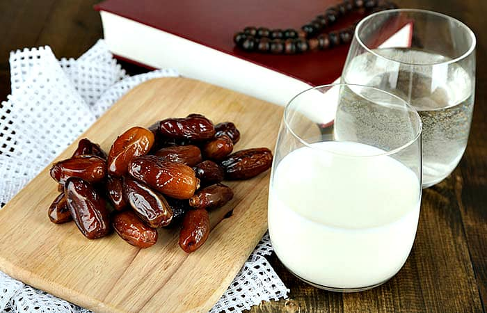 Soaked Dates In Milk